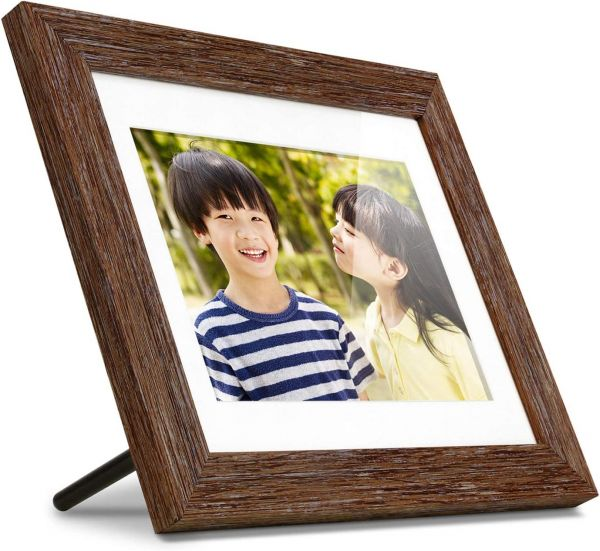 "Aluratek 8"" Distressed Wood Digital Photo Frame with Auto Slideshow, 1024 x 768 (ADPFD08F)"